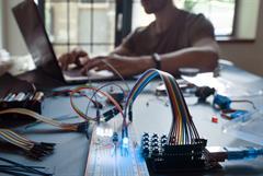 Arduino: una herramienta para mejorar tu práctica docente. Nivel básico
