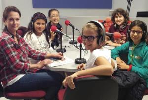 Oye mi voz en la radio. Curso Radiofónico de Desarrollo Comunicativo. (Edición 1)