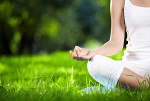 Yoga y bienestar postural (Edición 1)